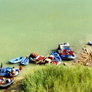 The perfect family friendly rafting and kayaking adventure in Colorado