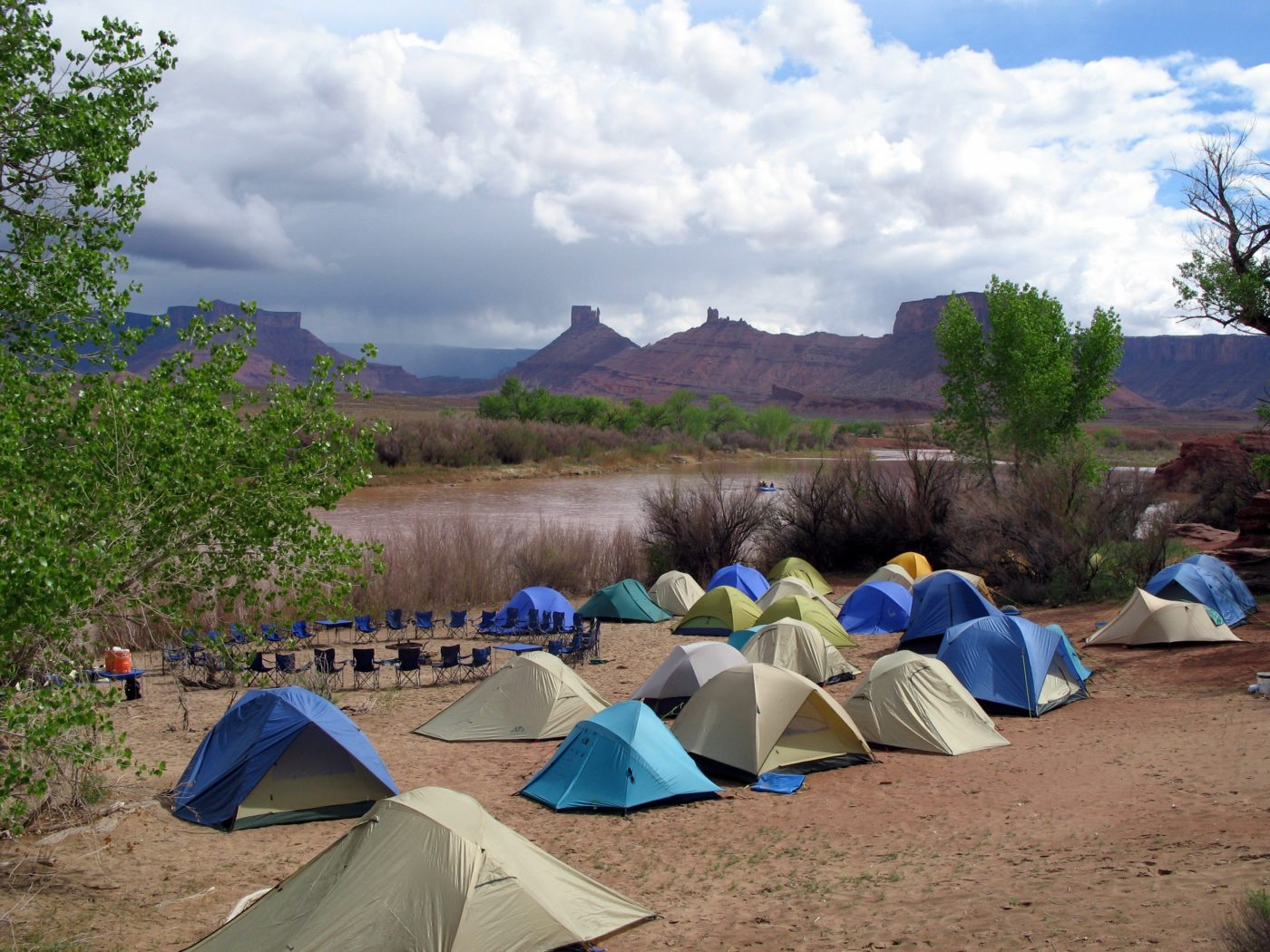 float trip river camping with dvorak expeditions